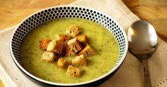 Miluju polívky . Nejradši krémové zeleninové, ale dobrý vývar s křupavou zeleninou a nadýchanými nočky nebo poctivá gulášovka mají taky n...