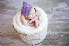 This baby looks like it is part of a cupcake....haha....so cute!