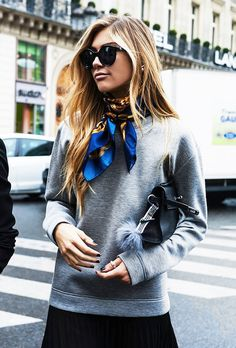 Street Style: How To Pull Off Bold Spring Accessories | Le Fashion | Bloglovin'