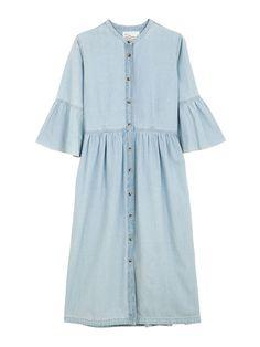 f814e28b5b6077 Robe en jean Léon   Harper - 20 robes en jean pour être chic en denim