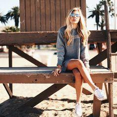 Resultado de imagen para beach denim girl fashion photography