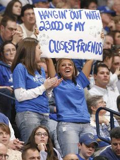 Kentucky Wildcats Basketball Fan.   Thanks to ukathletics for the photo