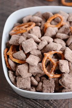 Brownie Batter Puppy Chow {Muddy Buddies}  Mixing didn't work well in a bag- try in a pan next time.