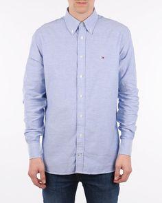 Skjorta Tommy Hilfiger College Oxford Cf2 för 799 kr, från Zoovillage