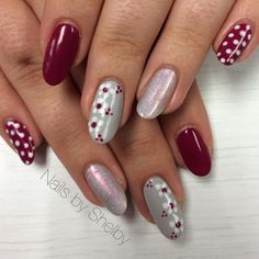 Mehroon & Silver Polka Dots With Flower