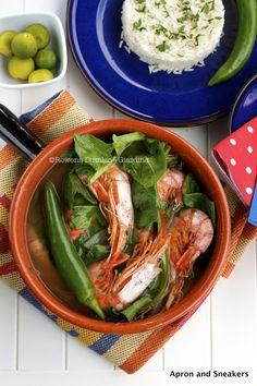 Shrimps in Hot Tamarind Soup (Sinigang na Hipon) from @Rowena Dumlao Giardina | Apron and Sneakers Veg Recipes, Shrimp Recipes, Asian Recipes, Healthy Recipes, Spicy Soup, Sour Soup, Phillipino Food, Filipino Recipes, Filipino Dishes