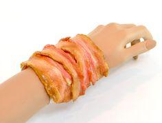 【食品サンプル】カリカリベーコンのブレスレット L【アクセサリー】 - fake food HATANAKA - 食品サンプルの畑中