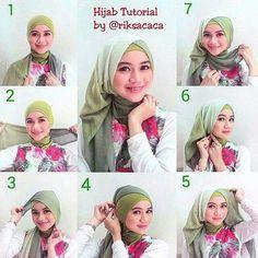 Tutorial Hijab Modern, Tutorial Hijab Pesta, Hijab Style Tutorial, Muslim Hijab, Muslim Dress, Hijab Fashion Summer, Women's Fashion, How To Wear Hijab, Hijab Drawing