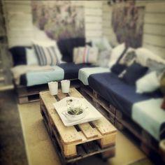 Interieurideeën | Mijn palletbank en tafel in de tuin. Door anoesj25