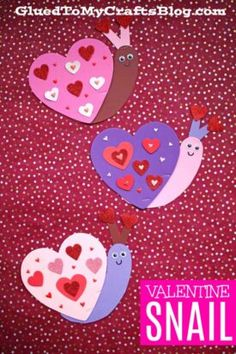 Valentine Art Project Ideas Using Craft Foam Hearts - Glued To My Crafts Valentines Day Crafts For Preschoolers, Preschool Valentine Crafts, Preschool Art Projects, Valentine's Day Crafts For Kids, Daycare Crafts, Toddler Crafts, Crafts Toddlers, Children Crafts, Daycare Ideas