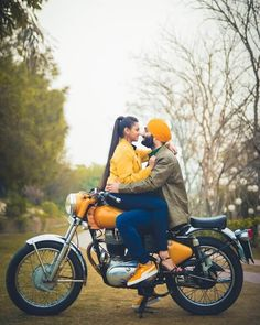 Check fantastic prewedding photoshoot prop ideas that you can use in your pre wedding shoot. With the help of these props you can make your pre wedding memorable.