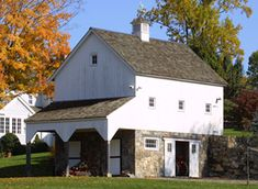 New England Barn Company, Post and Beam Barns and Timber Frames (company that builds barns the old way)