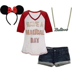 I NEED THIS SHORT PRONTO!!!!!   Disney casual. I would love to wear this on our trip! Needs cute red converse.