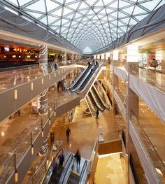 Four retail design awards for Benoy Mall Design, Shop Front Design, Retail Design, Architecture Concept Drawings, Architecture Details, Food Court Design, Shoping Mall, Shopping Mall Interior, Atrium Design