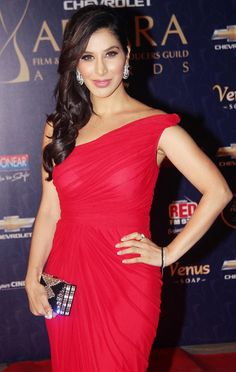 Sophie Chaudhary in red hot dress #Bollywood #Fashion