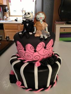Jack Skellington and Sally - Jack and Sally are made of fondant