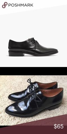 """Madewell Jess oxford in cordovan A sleek, slim leather oxford that can be worn laced up or laceless (handy built-in elastic will keep your shoe just where it should be). In the same gleaming cordovan leather found in men's dress shoes, this is a feminine take on a masculine classic. Excellent condition. Only worn a couple of times.   Cordovan leather upper. Leather lining. 4/5"""" heel. Madewell Shoes Flats & Loafers"""