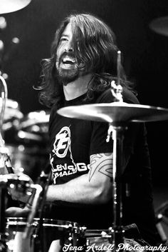 Dave Grohl. Foo Fighters Secret Show at 9:30 Club in Washington D.C. 5/5/2014. Shot by Jena Ardell.   Full article here: http://blogs.ocweekly.com/heardmentality/2014/05/foo_fighters_secret_show_last_night_930_club.php