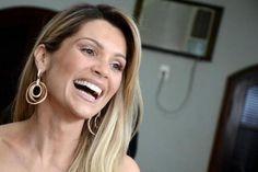 Flávia Alessandra é uma das famosas que utiliza facetas. (Foto: Reprodução/Internet)
