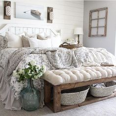 27 Beautiful For Farmhouse Bedroom Decor Ideas And Design. If you are looking for For Farmhouse Bedroom Decor Ideas And Design, You come to the right place. Below are the For Farmhouse Bedroom Decor . Farmhouse Style Bedrooms, Farmhouse Bedroom Decor, Home Decor Bedroom, Bench For Bedroom, End Of Bed Bench, Modern Bedroom, Rustic Bedrooms, Farm Bedroom, Farmhouse Rugs