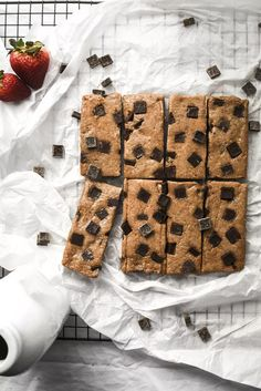 Chocolate Chunk Cookie Dough Protein Bars (Vegan+GF) | Gringalicious