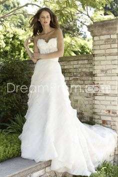 Fantastic A-line Sweetheart Floor-Length Chapel Tiered & Appliques Wedding Dresses