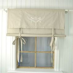 7 Convenient Clever Tips: How To Hang Double Curtains cheap curtains room dividers.Blue Curtains Boho hanging curtains in a corner.No Sew Curtains Door. Rustic Curtains, Cheap Curtains, Homemade Curtains, Curtain Decor, Beige Curtains, Colorful Curtains, Shabby Chic Bathroom, Curtain Styles, Shabby Chic Curtains