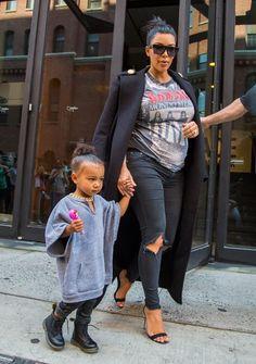 Kim Kardashian Photos - Kim Kardashian and Daughter North West Hang out in NYC - Zimbio