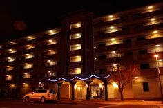 Hotel Blue, near Albuquerque Convention Center- 2400 sq. ft. meeting capacity.