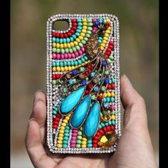 Peacock phone case. http://www.shopsimple.com/product-Jewelled-3d-Case-Peacock-Colorful-Crystals-Beads-Luxury-Phone-Case-p5338197135.html