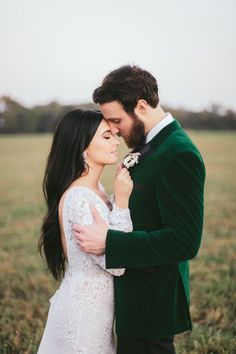 Country superstar Kacey Musgraves, who married Ruston Kelly in mid-October, chose a design by Israeli fashion house Berta for her outdoor wedding. She wore a design from Berta Balilti's Fall/Winter 2018 collection.