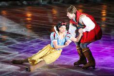 Snow White Costume, Disney On Ice, Big Show, Disney Pictures, Festivals, Surprise Ideas, Costumes, Couple Photos, Disney Princess