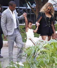 Jay z, Blue Ivy, Beyonce Beyonce World, Beyonce Family, Beyonce And Jay Z, Ariana Grande, Jay Z Blue, King B, Beyonce Coachella, Blue Ivy Carter, Carter Family