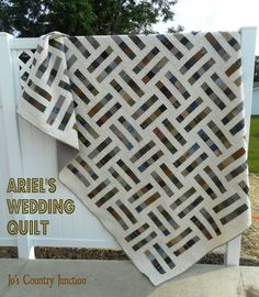 Ariel's Wedding Quilt: The Free Printable Pattern - May have pinned this before but love it and already thought of fabric to use slim making this one