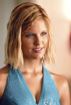 Photo of Shannon Rutherford - LOST for fans of TV Female Characters 14955075 Types Of Oranges, Fantasy Tv Shows, Maggie Grace, Olivia Newton John, Cheer Me Up, Female Stars, Heart And Mind, Hot Blondes, Celebs