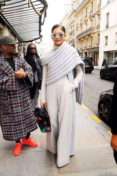 """sosaysdeb: """"bblackgoldd: """" dayaholics: """" Zendaya in Paris for Fashion Week - March """" Do y'all see this damn outfit """" How I want to dress """" Mode Zendaya, Zendaya Style, Zendaya Fashion, Paris Chic, Look Fashion, Runway Fashion, Fashion Trends, Fashion Edgy, Street Style"""