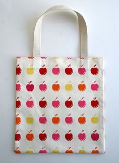 purl bee's 20-minute tote tutorial is awesome!