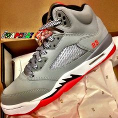 8a0084f05cbc1 Girl s Air Jordan 5 Retro