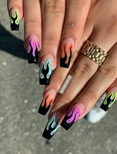 Purple Acrylic Nails, Acrylic Nails Coffin Short, Coffin Shape Nails, Best Acrylic Nails, Summer Acrylic Nails, Edgy Nails, Stylish Nails, Swag Nails, Flame Nail Art