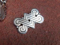 RARE vintage Taxco sterling silver 940 Hector Aguilar brooch pin 16.6 Gr #TaxcosignedbyartistHectorAquilar