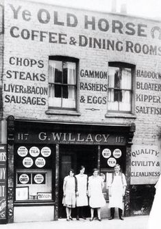 A quality dining room in the Commercial Road, Stepney, c 1926