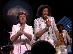 THE MiDNiGHT SPECiAL 1980 Frankie Valli & The Commodores... singing Grease! -   YouTube