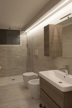 Bathroom Faucets Replacement this Bathroom Cabinets Egypt for Bathroom Decor Essentials opposite Bathroom Mirrors Reclaimed Wood our Bathroom Tiles Shower Bathroom Styling, Bathroom Interior Design, Modern Bathroom, Small Bathroom, Bathroom Mirrors, Bathroom Cabinets, Bathroom Faucets, Replace Bathroom Faucet, Casa Milano