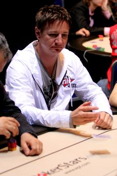 Suck at poker? Try this 10-part series explaining simple Texas Hold'em tips that will help you make massive improvements in your game.