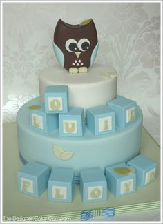 Owl & Blocks : Baby Shower Cake http://thecakeblog.com/2012/06/owl-blocks-baby-shower-cake.html