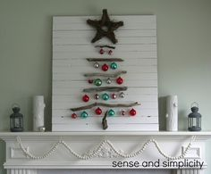 A Christmas Mantel decoration out of old IKEA bed slats. Used driftwood, some vintage ornaments, and a twig star to make a Christmas tree. Driftwood Christmas Tree, Wall Christmas Tree, Creative Christmas Trees, Nautical Christmas, Handmade Christmas Tree, Pallet Christmas, Christmas Room, Christmas Mantels, Vintage Christmas Ornaments