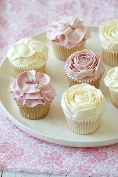 pretty pastel rose cupcakes