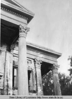 Belle Grove Plantation home columns in White Castle Louisiana in the 1940s :: State Library of Louisiana Historic Photograph Collection