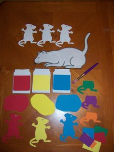 "oh JANEEN. Done- ""For my Mice themed story time I flannelized the book Mouse Paint by Ellen Stoll Walsh and made it into a box story. Well, actually I made the pieces out of foam which worked nicely on the box as the pieces were sturdy and durable! Preschool Colors, Preschool Literacy, Preschool Art, Literacy Activities, In Kindergarten, Teaching Colors, Reading Activities, Flannel Board Stories, Felt Board Stories"