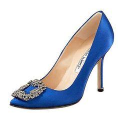 Royal blue shoes by Manolo Blahnik. Royal Blue Shoes, Blue Bridal Shoes, Bridal Heels, Sapatos Manolo Blahnik, Manolo Blahnik Hangisi, Brian Atwood, Sergio Rossi, Carrie Bradshaw Shoes, Miu Miu